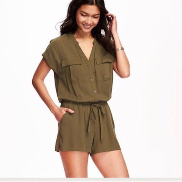 bb66226d7fef NWT Old Navy Utility Romper